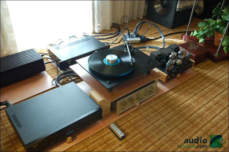 RMAF2010-JumpingCactus-03