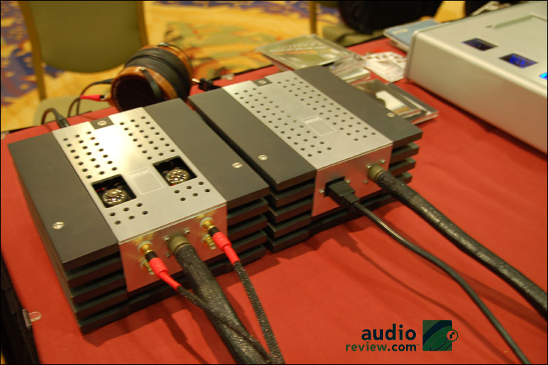 RMAF2010-unknownheadamp02