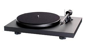 Pro-Ject-Debut-III-turntabl